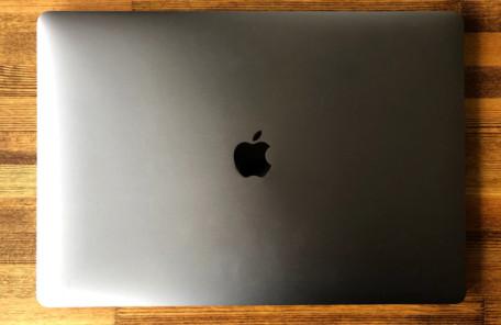 MacBookPro2018 15インチ